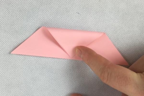 kağıttan renkli kap yapımı anlatımlı