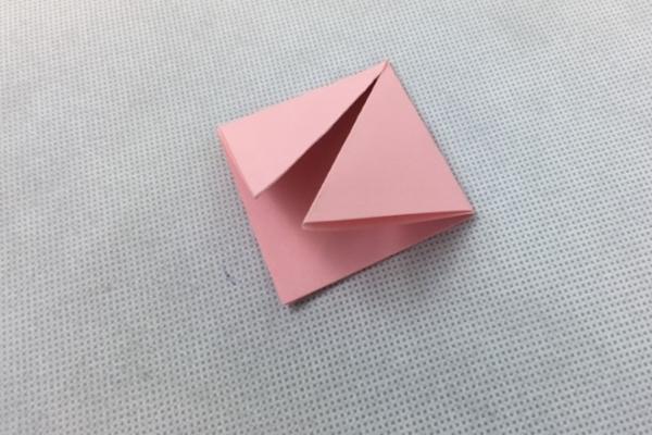 origami kağıttan renkli kap yapımı