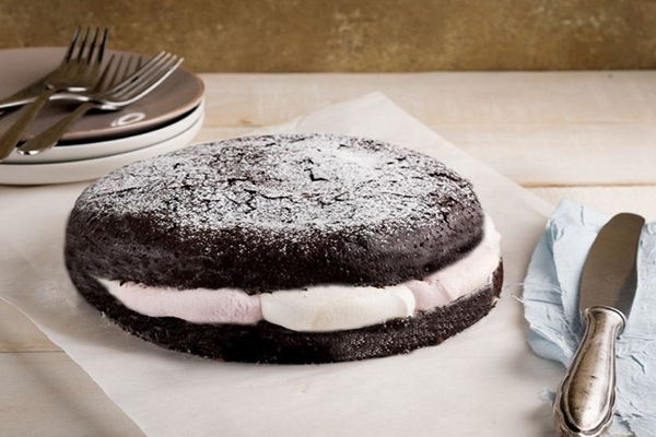 çikolatalı marshmallow kek tarifi