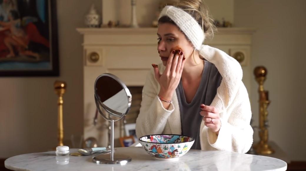 evde botoks-sadece 2 malzeme ile cilt germe-göz altı torbalarına bile çözüm olacak doğal maske