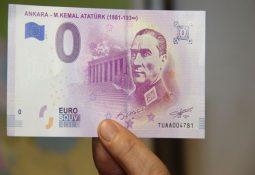 Atatürk'e özel resimli euro