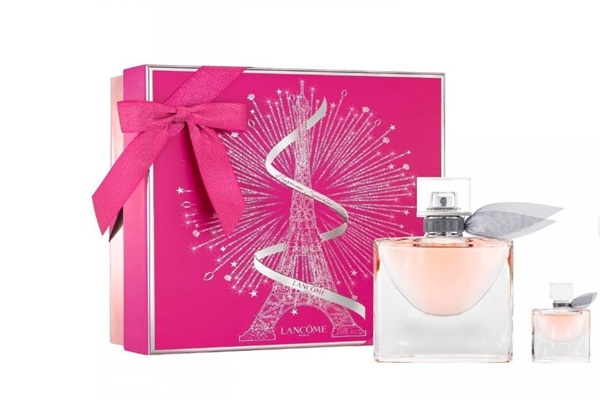 en iyi parfüm markaları bayan lancome la vie est belle