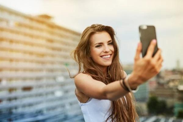 sosyal medya hastalıkları selfitis