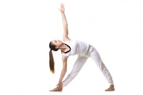 yoga hareketleri üçgen duruş