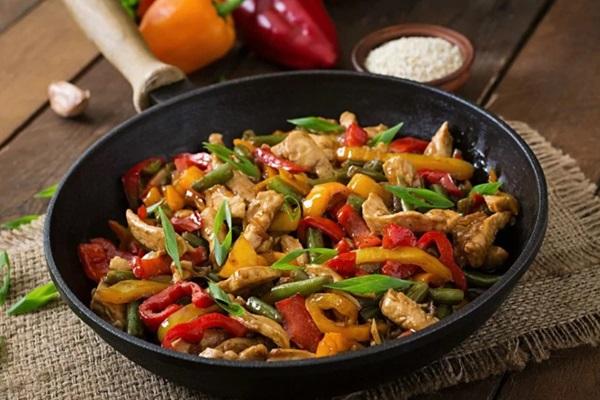 pratik iftar yemekleri tarifleri tavuk sote