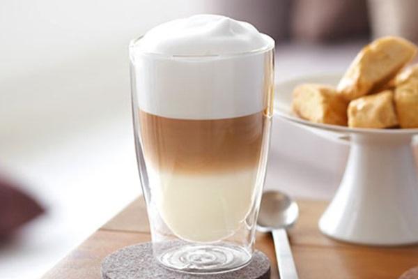 beyaz çikolatalı latte macchiato tarifi