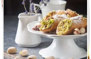 Nefis Bir İtalyan Tatlısı Cannoli