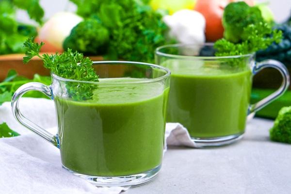 yeşil detoks çorbası tarifi ender saraç