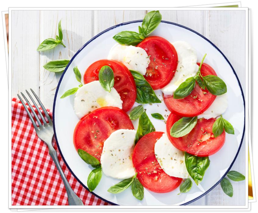 italyan mutfağı salataları caprese