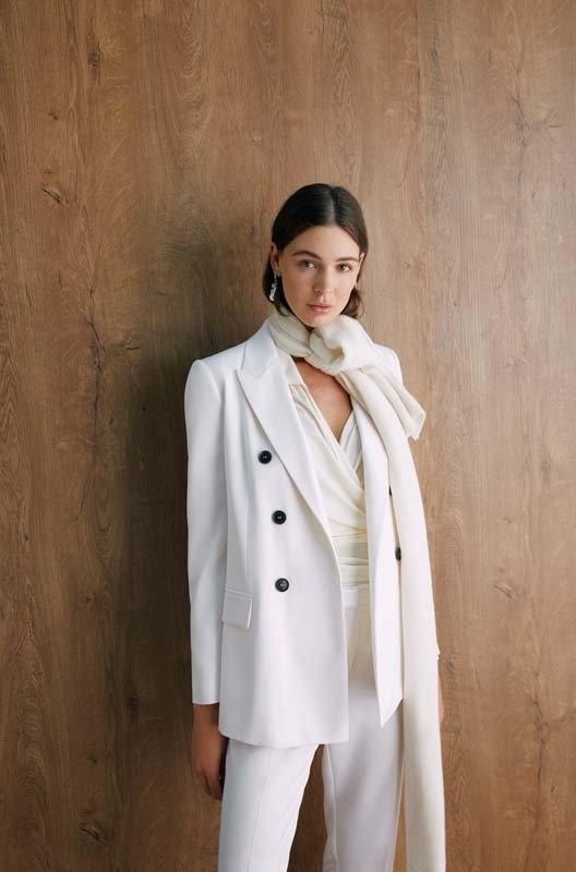 beymen kadın beyaz takım elbise
