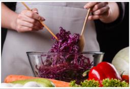 avokadolu mor lahana salatası yoğurtlu