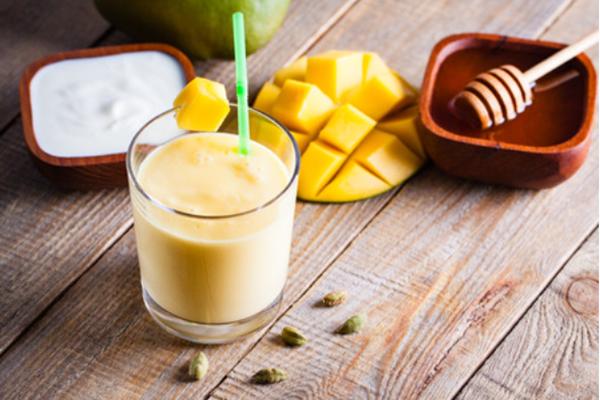 kefirli ve mangolu smoothie tarifi